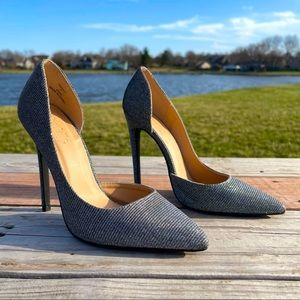 Charlotte Russe Silver Shimmer Pointed Toe Heels 7